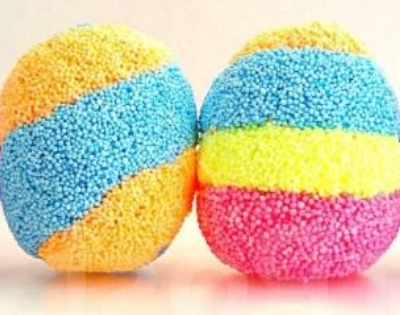 яйца из шарикового пластилина