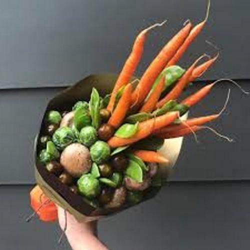 осенний букет из морковки