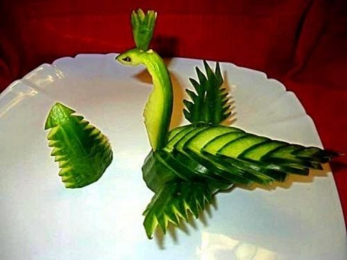 осенние поделки из овощей дракон из огурца