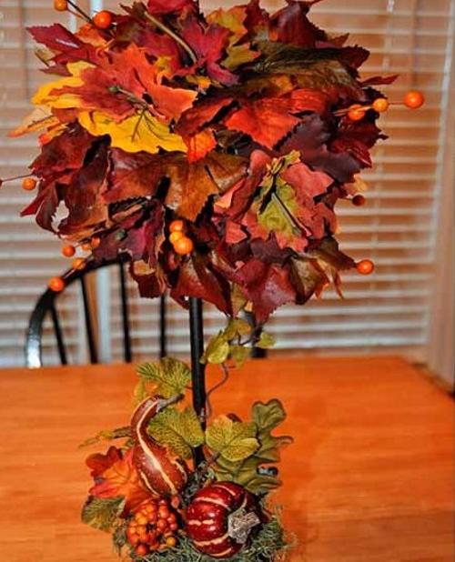 топиарий из осенних листьев