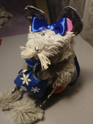 новогодний конкурс поделка крыса меховая