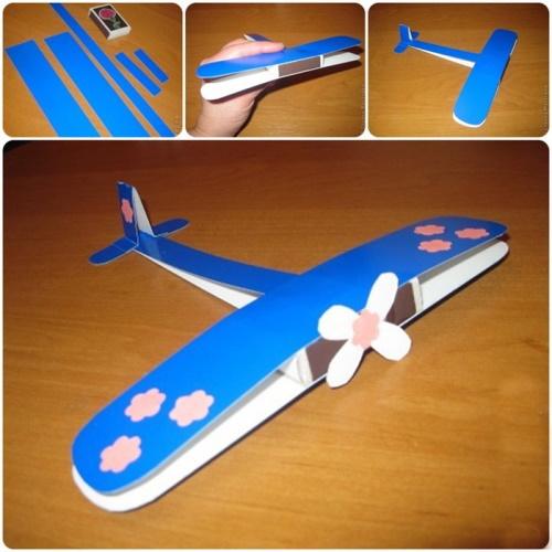 Самолет из картона и спичечного коробка